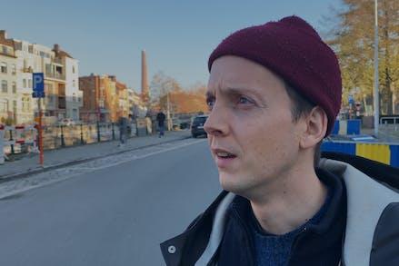 Just Asking: de film 2 (Oscar Van Rompaey)