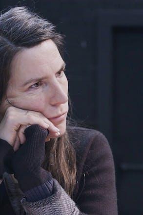 Portret Lara Staal