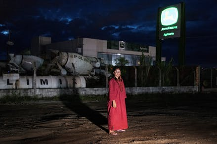 2  Productiebeeld Antigone In Amazonie C Armin Smailovic Persfotos 1